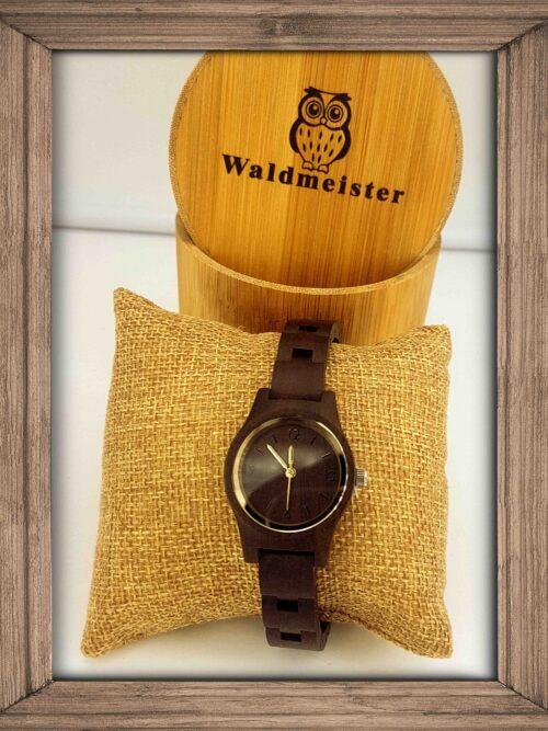 kleine Uhr Frau Sandelholz